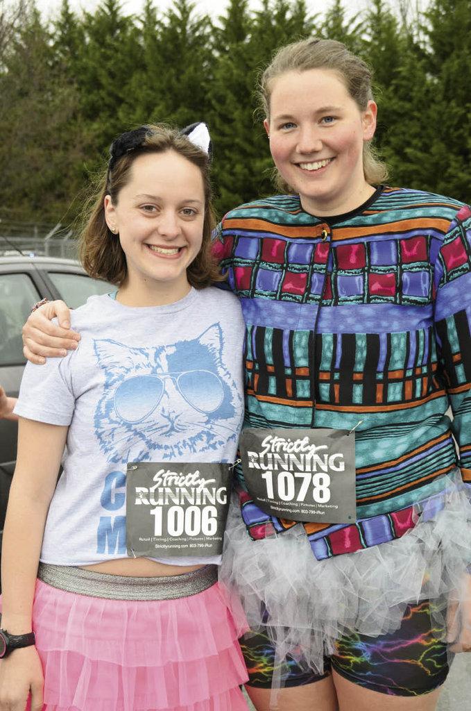 Caroline Prokopowic and Claire Vezie