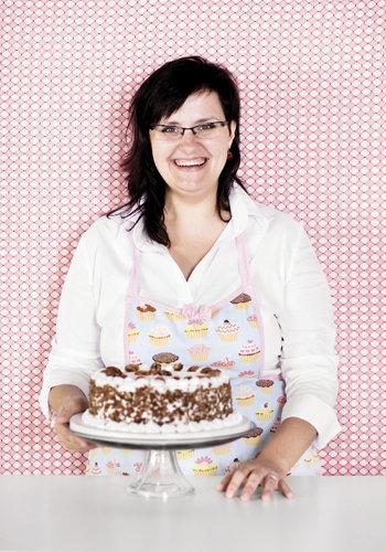 Magda Sanders of Magda's Cakes, Cherokee