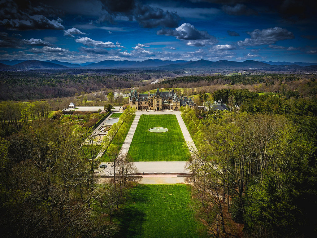 Honorable Mention: Biltmore Estate by Steve Brady (Professional Category)