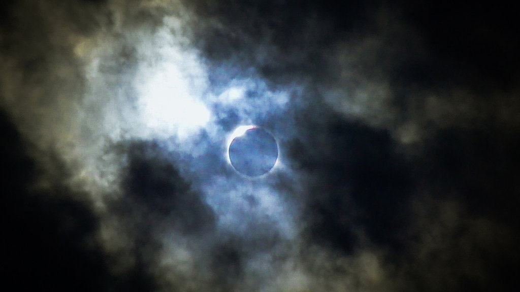 Honorable Mention: Eclipse in Dillsboro by Abigail Hardy (Amateur category)