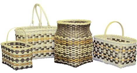 Eva Reed, Cherokee, Handwoven baskets white oak and natural dyes