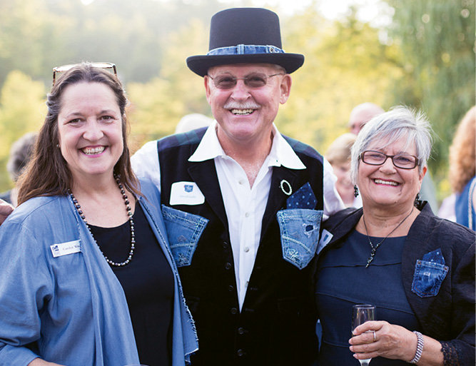Blue Ridge Parkway Foundation CEO Carolyn Ward with David and Helen Gelly