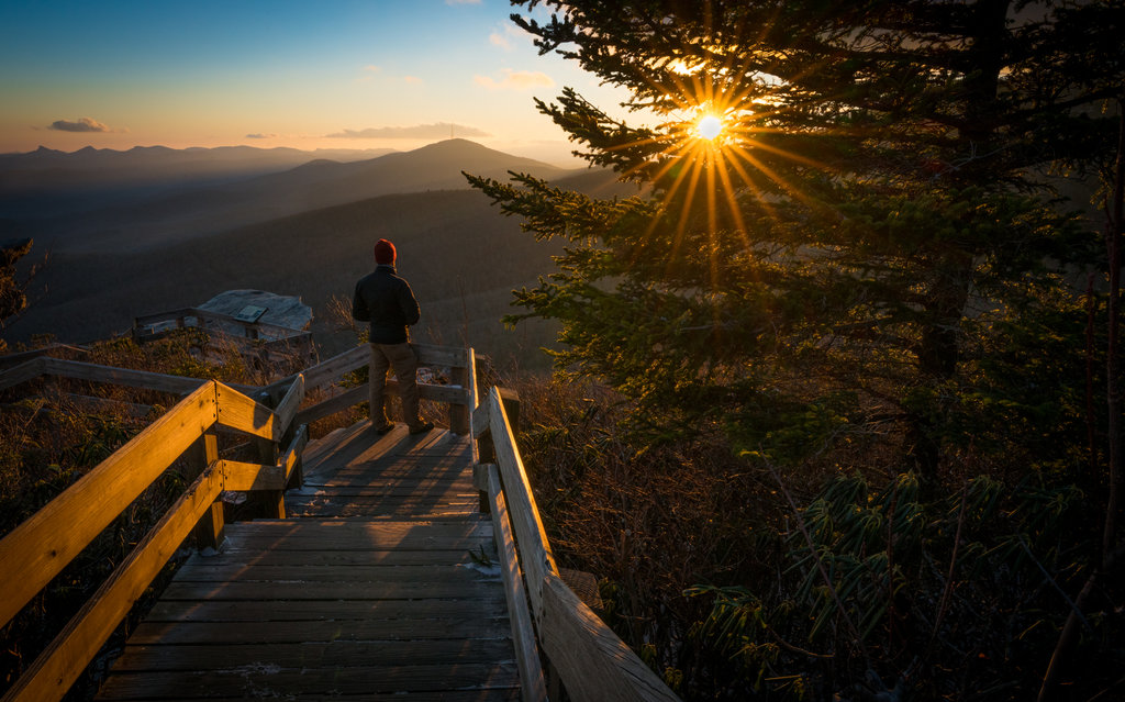 HONORABLE MENTION - SUNSET RIDGE - Brad Tinsley - The overlook at Rough Ridge along the Blue Ridge Parkway. Professional category