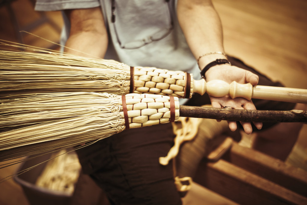 Of the hundreds of weekend and weeklong classes offered, broom making is a perennial favorite.