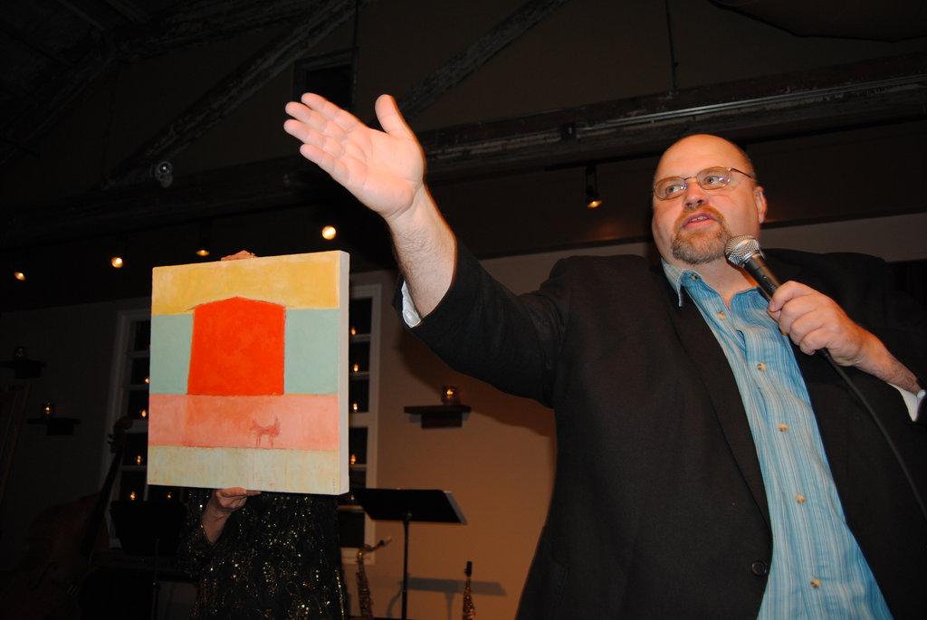 Auctioneer Mark Wilson
