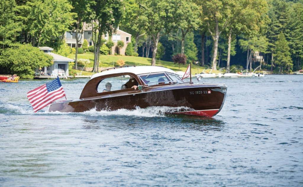 This 24-foot 1947 Sheerliner was built by the former Ontario-based Greavette Boatworks, famous for their racing boats and disappearing propeller versions.
