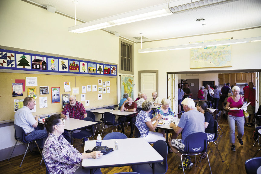 Classes including basketmaking are offered twice a month. The Schoolhouse Cafe, housed in an old classroom, serves snacks most days and dinner on Saturdays.