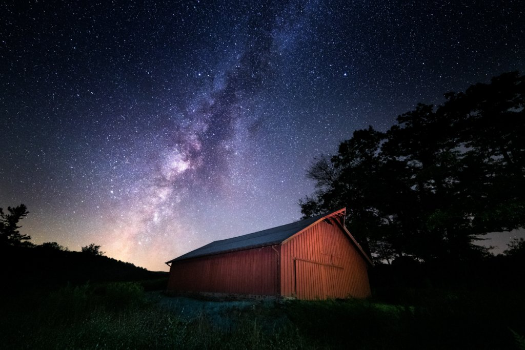 Astro photography over a WNC barn