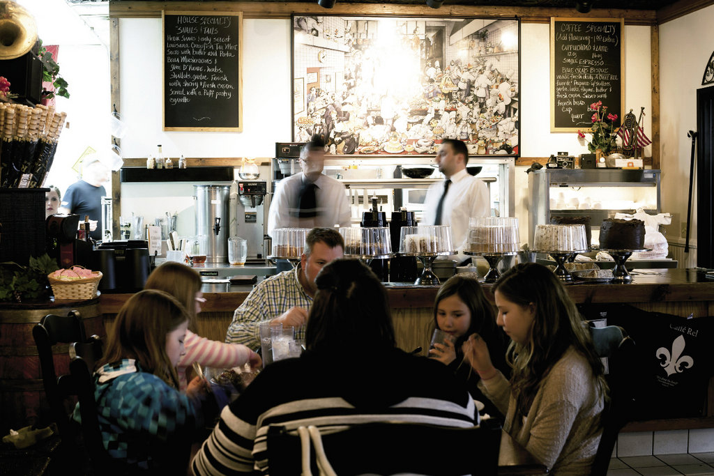 If Caffé Rel's location seems incongruous at first, that impression quickly fades once a meal of French classics is underway.