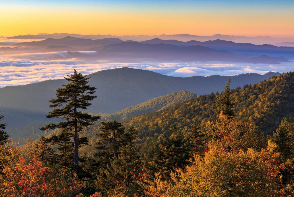Fall views over the Smokies from Clingmans Dome