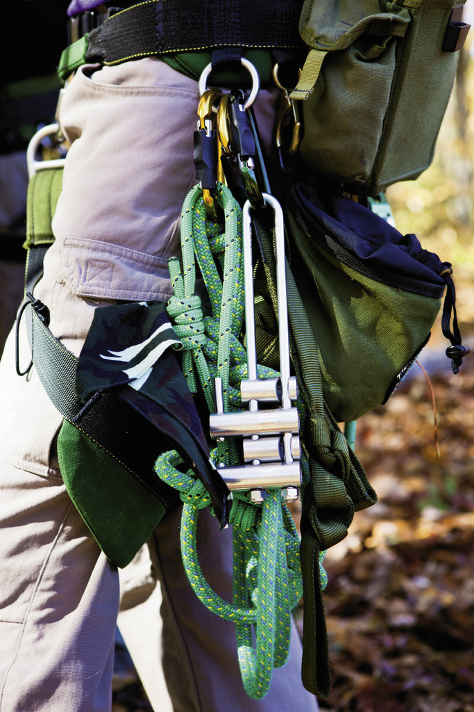 A micro rappel rack is used to descend.